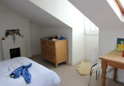 Bedroom (Double)