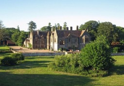 Stately Home/Manor, Stately Home Exterior, House / Cottage