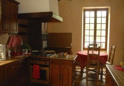 Kitchen (Wooden Units)