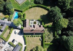 Gardens, Swimming-pool, Stately Home/Manor, Stately Home Exterior