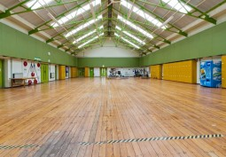 Gym, Sports Courts / Hall
