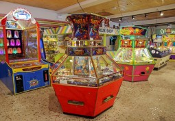 Open-space, Theme Park, Arcade Machines