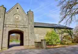 Driveway, Countryside View, Stables