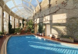 Swimming-pool, Conservatory