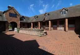 Detached House In Cheshire For Filming