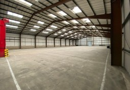 55,000ft² Internal Space For Filming