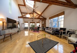Shoreditch Penthouse For Film or Stills shoots