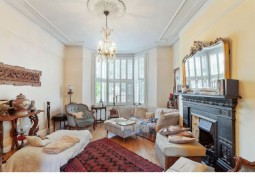 Ground Floor Flat In London For Filming