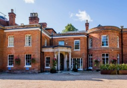 Country Mansion Hotel In Surrey For Filming