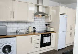 Modern 1 Bed Flat In Watford For Filming