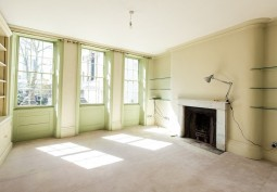 Empty / Spare Room, Fireplace