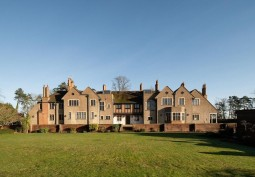 Large Country Manor House For Filming