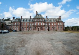 Faded Grandeur Stately Home For Filming